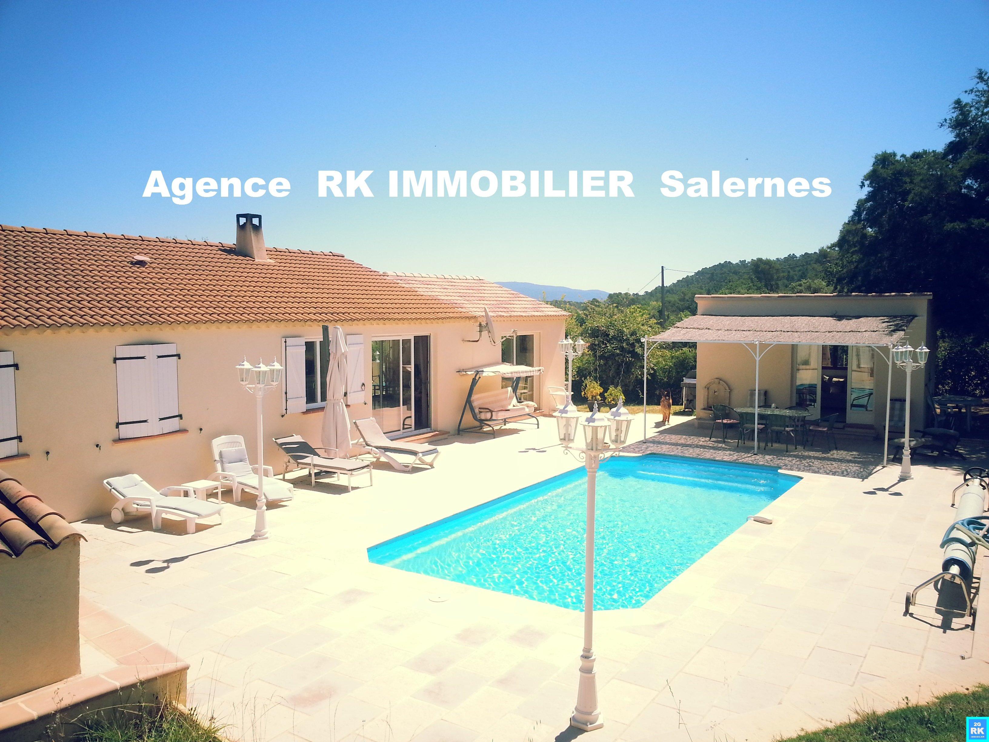 Jolie villa parfait état 130 m²+ studio et piscine.