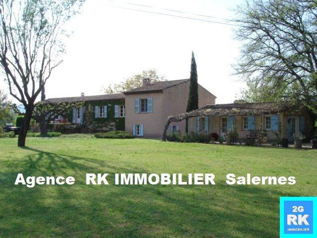 Propriété avec Mas provençal proche de Salernes