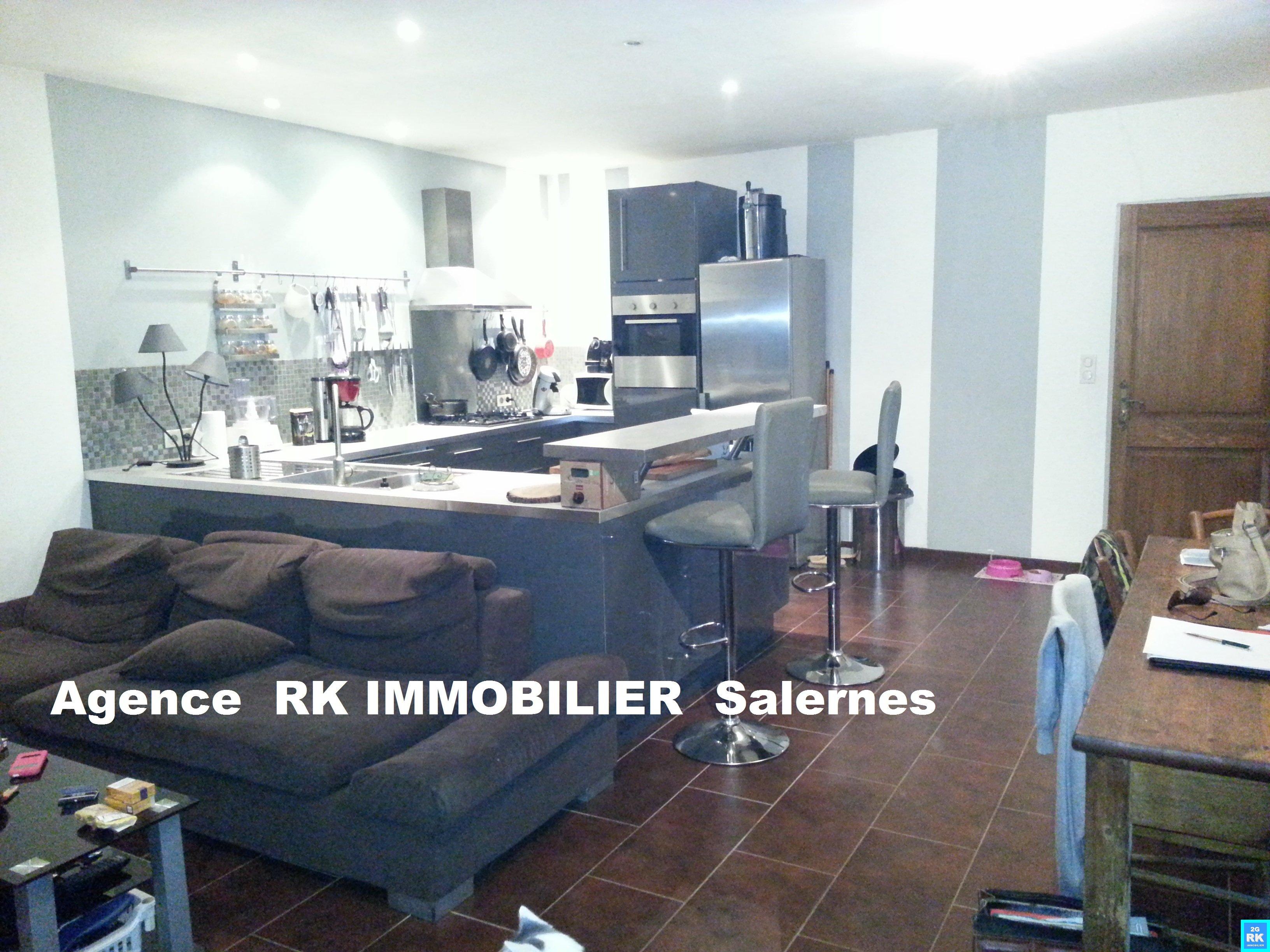 Appartement T3 rénové 77 m² Salernes
