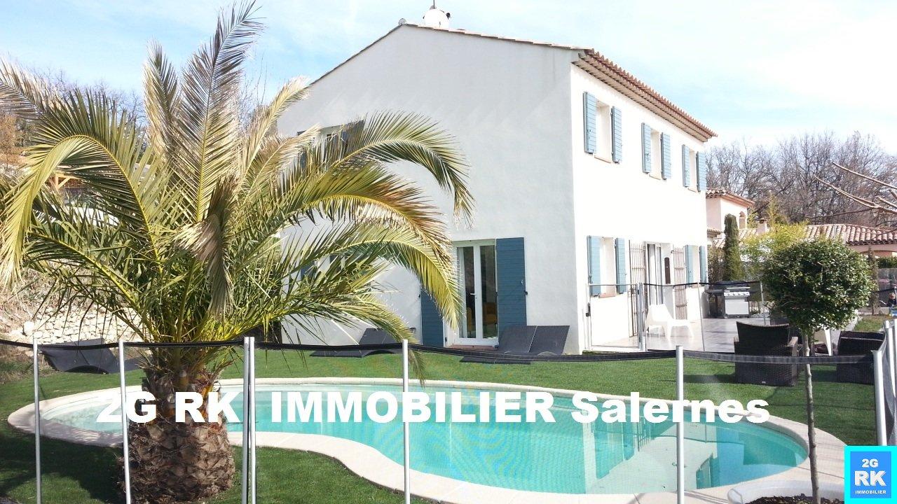 Villa récente 140 m² Salernes 5 chambres + piscine