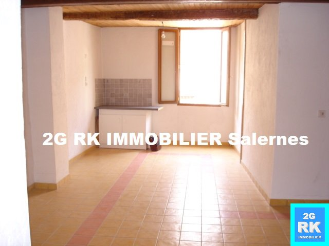 Appartement T3 Salernes 45 m² rénové.