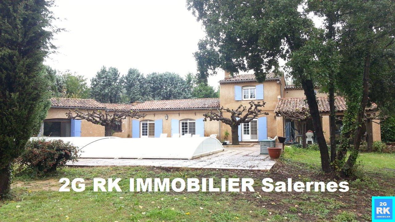 Villa 280 m² + piscine Salernes sur 5 000 m².
