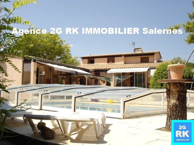 Villa 150 m² , piscine, dépendances sur 3 500 m².