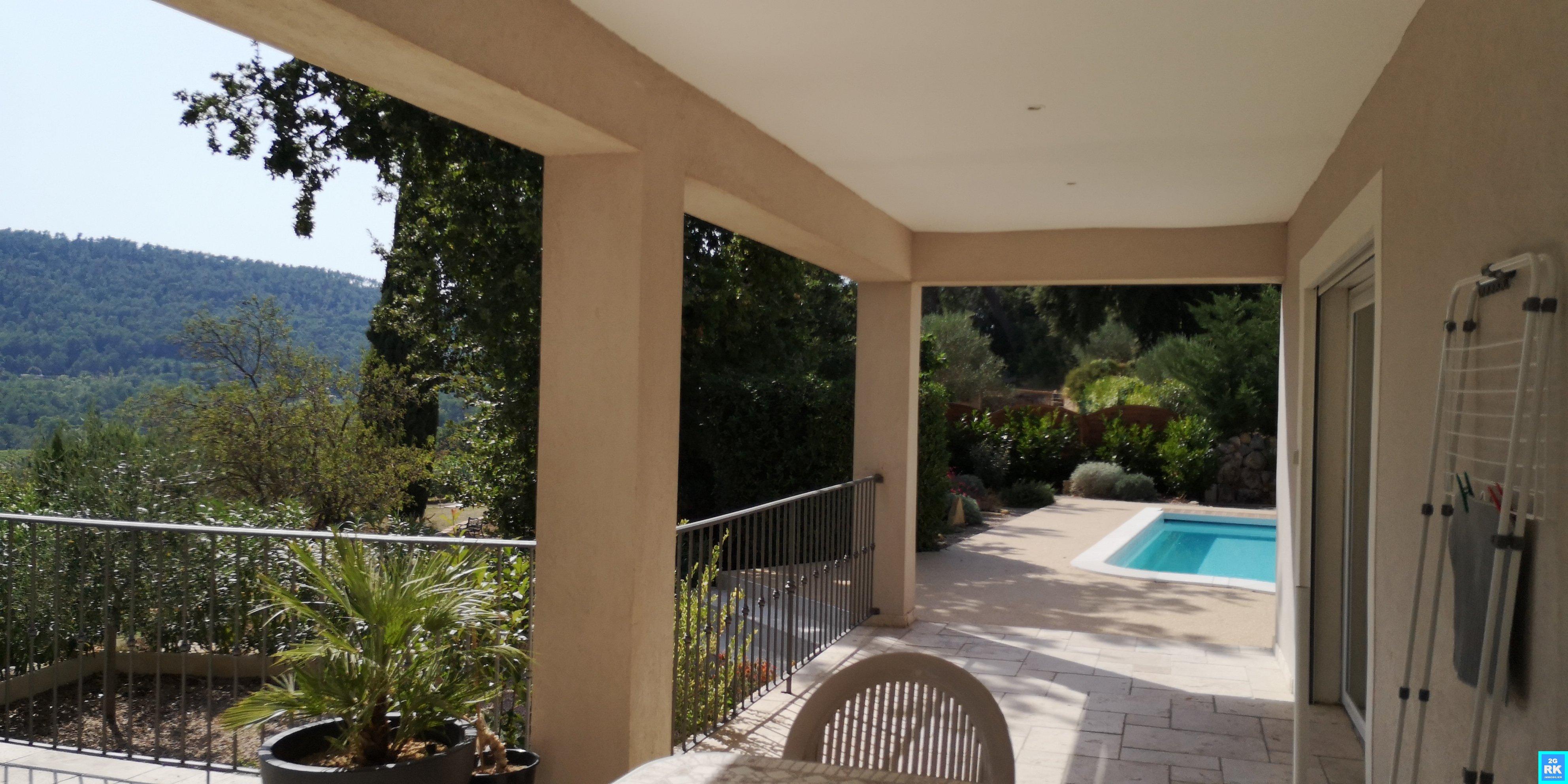 Superbe villa 150 m² 3 ch + T1 indépendant +piscine.