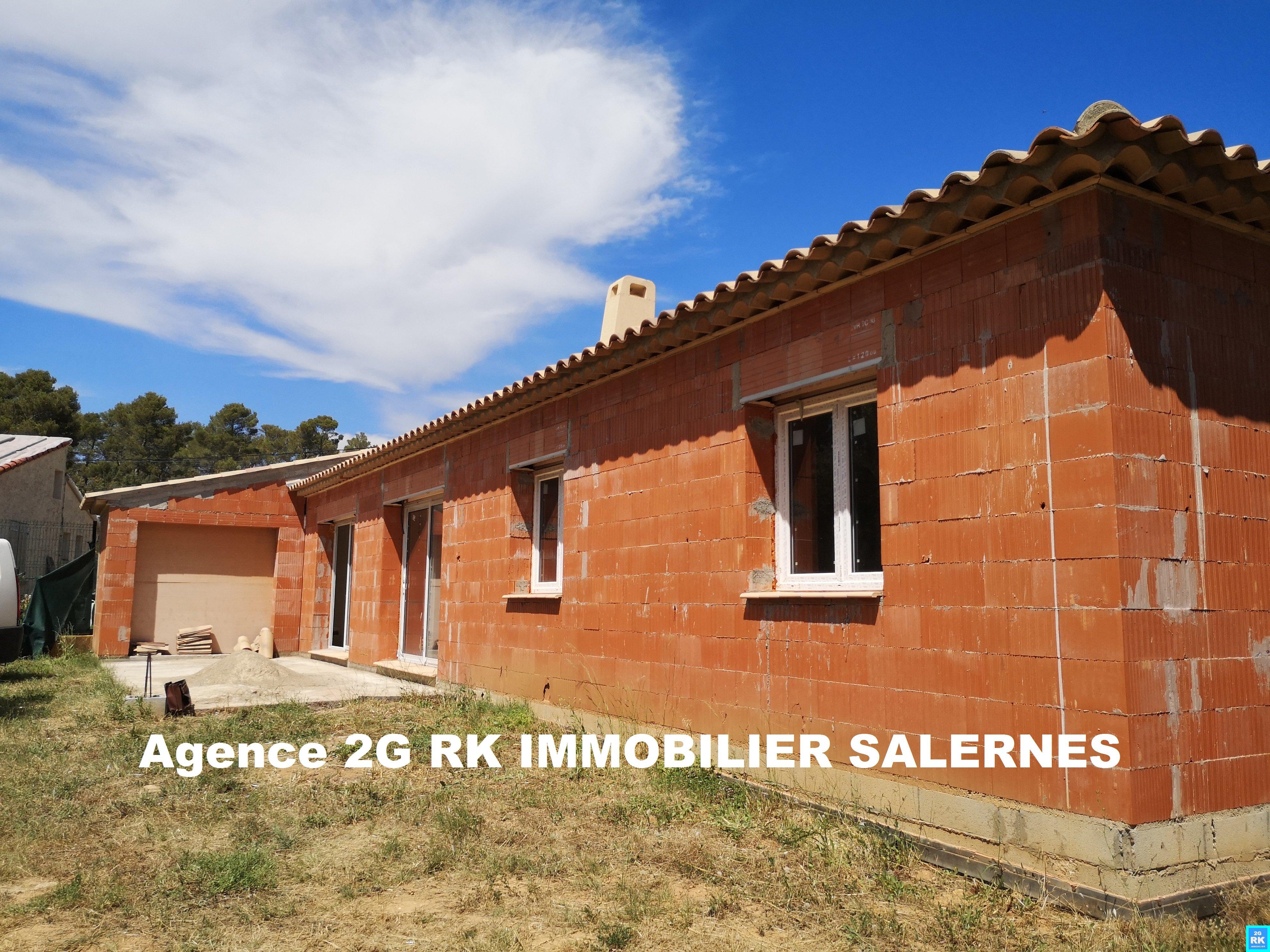 Villa en cours de finitions 3 ch. + garage 49 m².