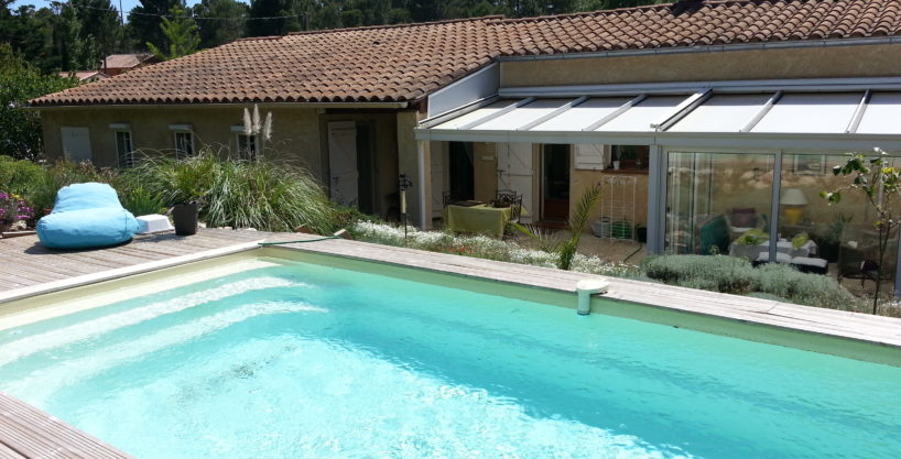 Villa provençale 140 m² + piscine et garage. V009.