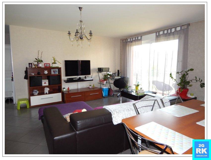 Superbe appartement T3 plain-pied + jardin + garage. Salernes