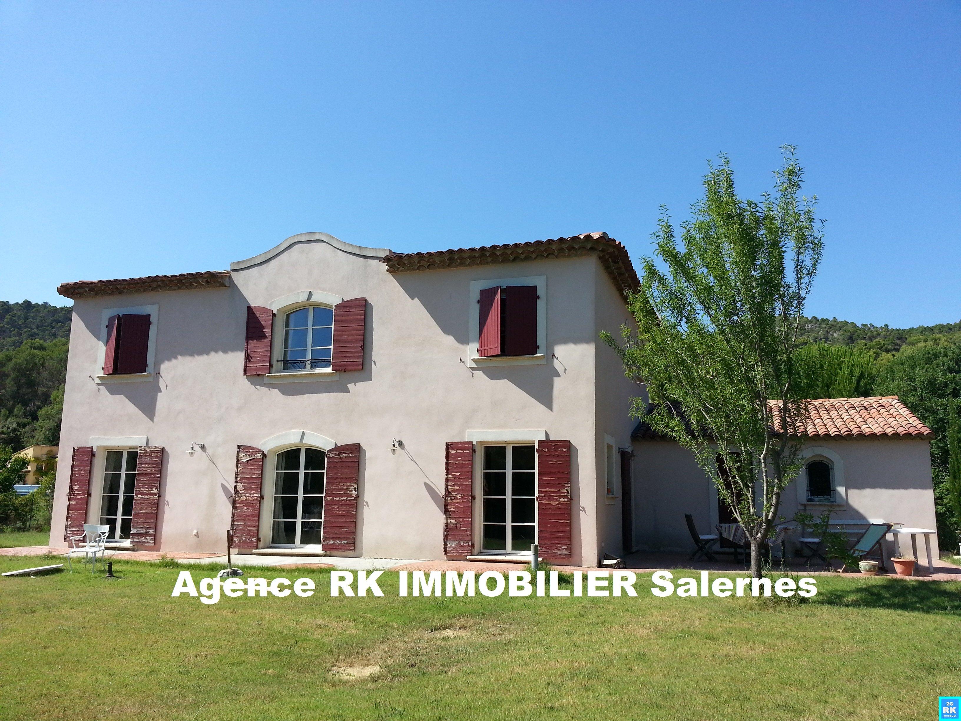Superbe bastide récente 177 m² Salernes.