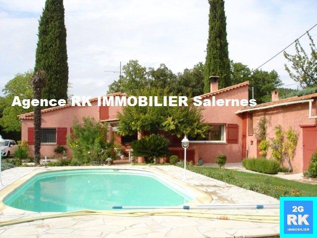 Villa en parfait état Salernes.
