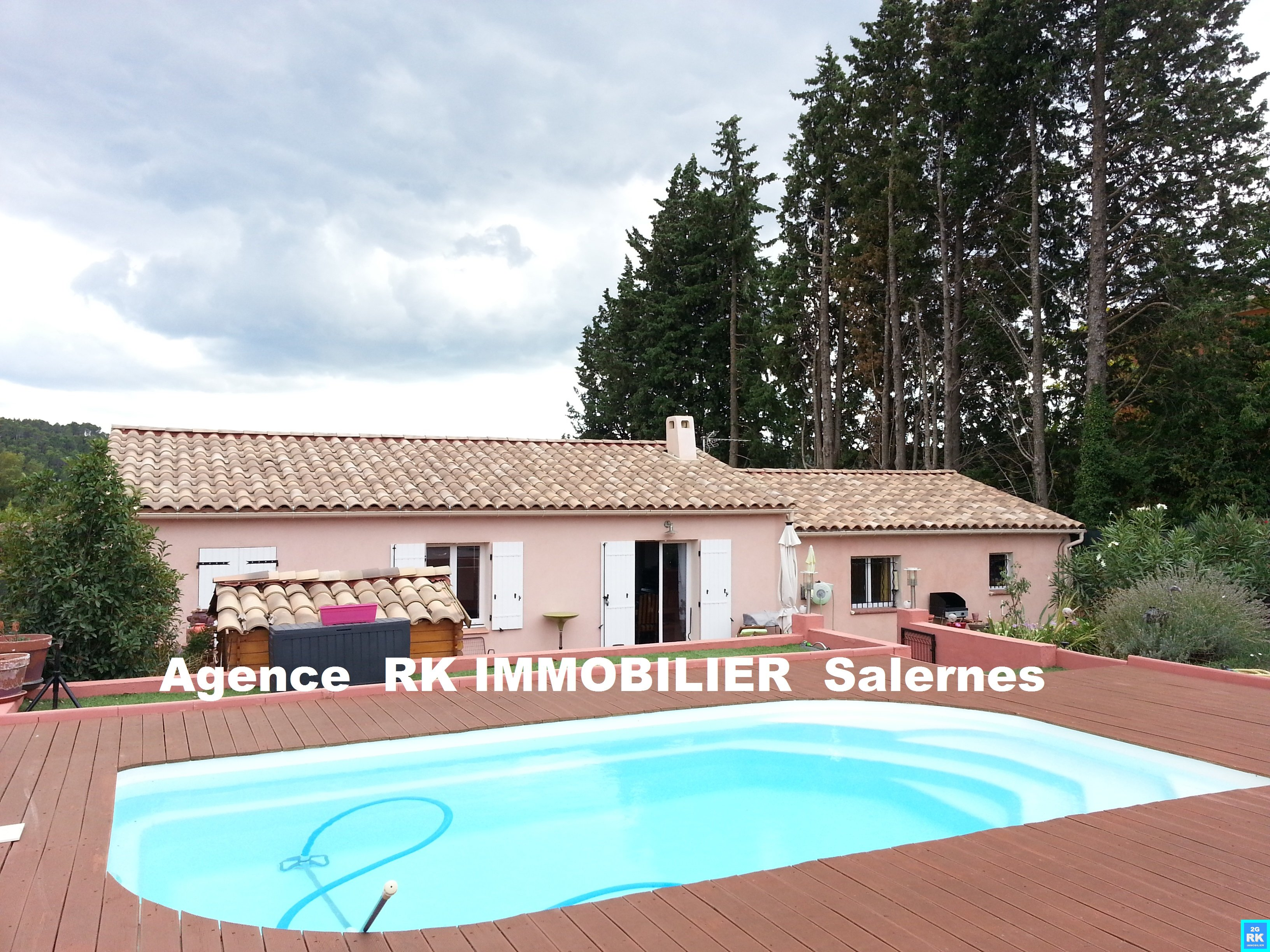 Villa avec piscine Salernes.