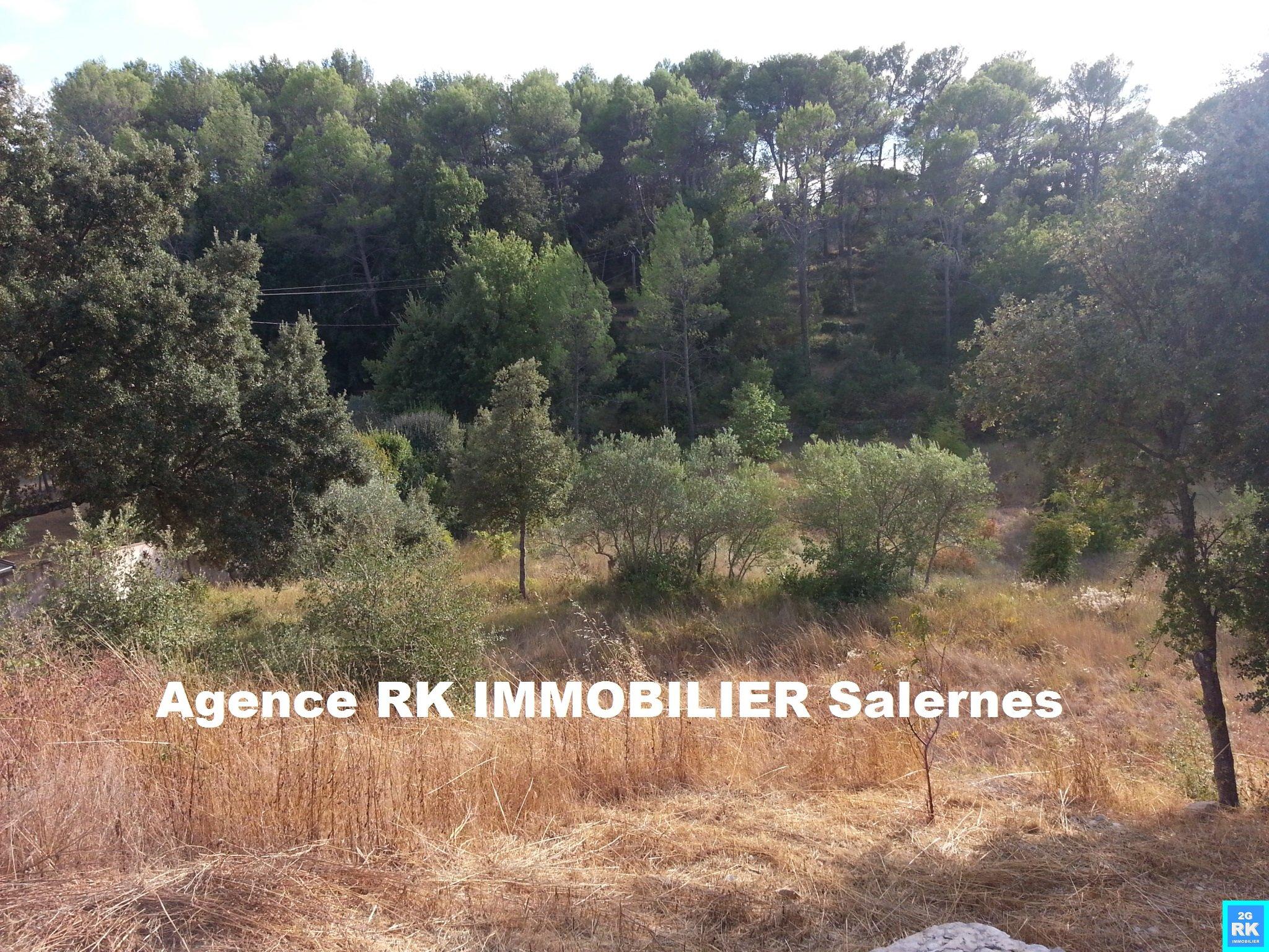 Terrain à bâtir 2 500 m² Lorgues.
