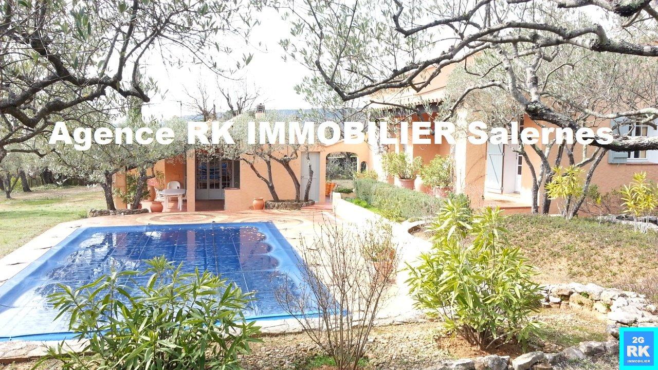 Belle villa plain-pied 121 m², 3 chambres + piscine Villecroze
