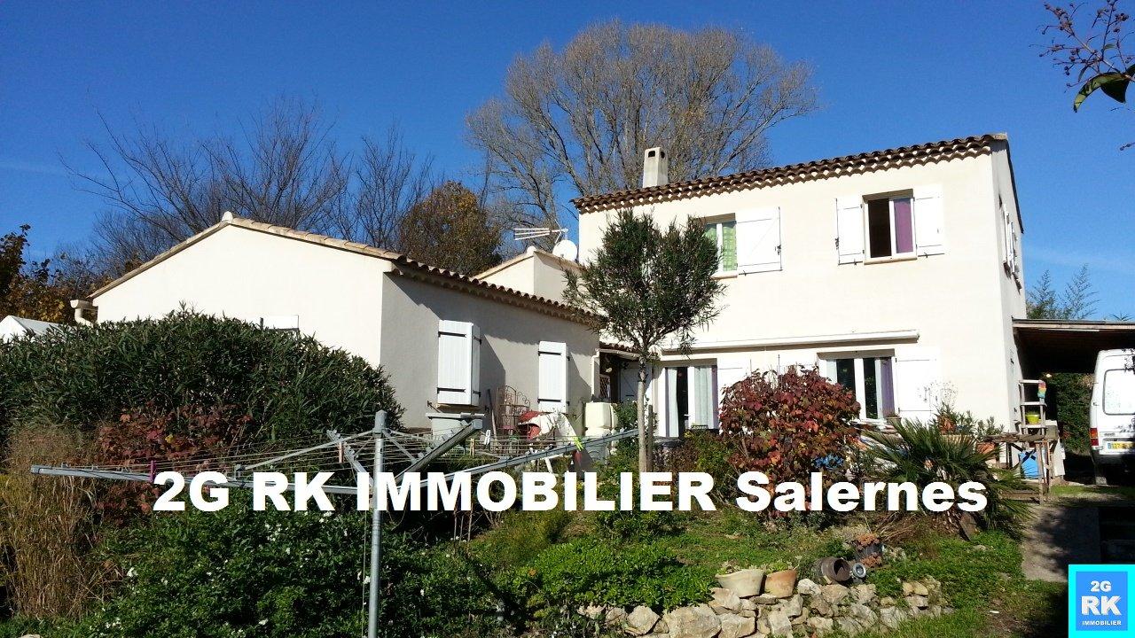 Villa 170 m² dont appart. T2 indép. sur terrain 1 200 m² Villecroze