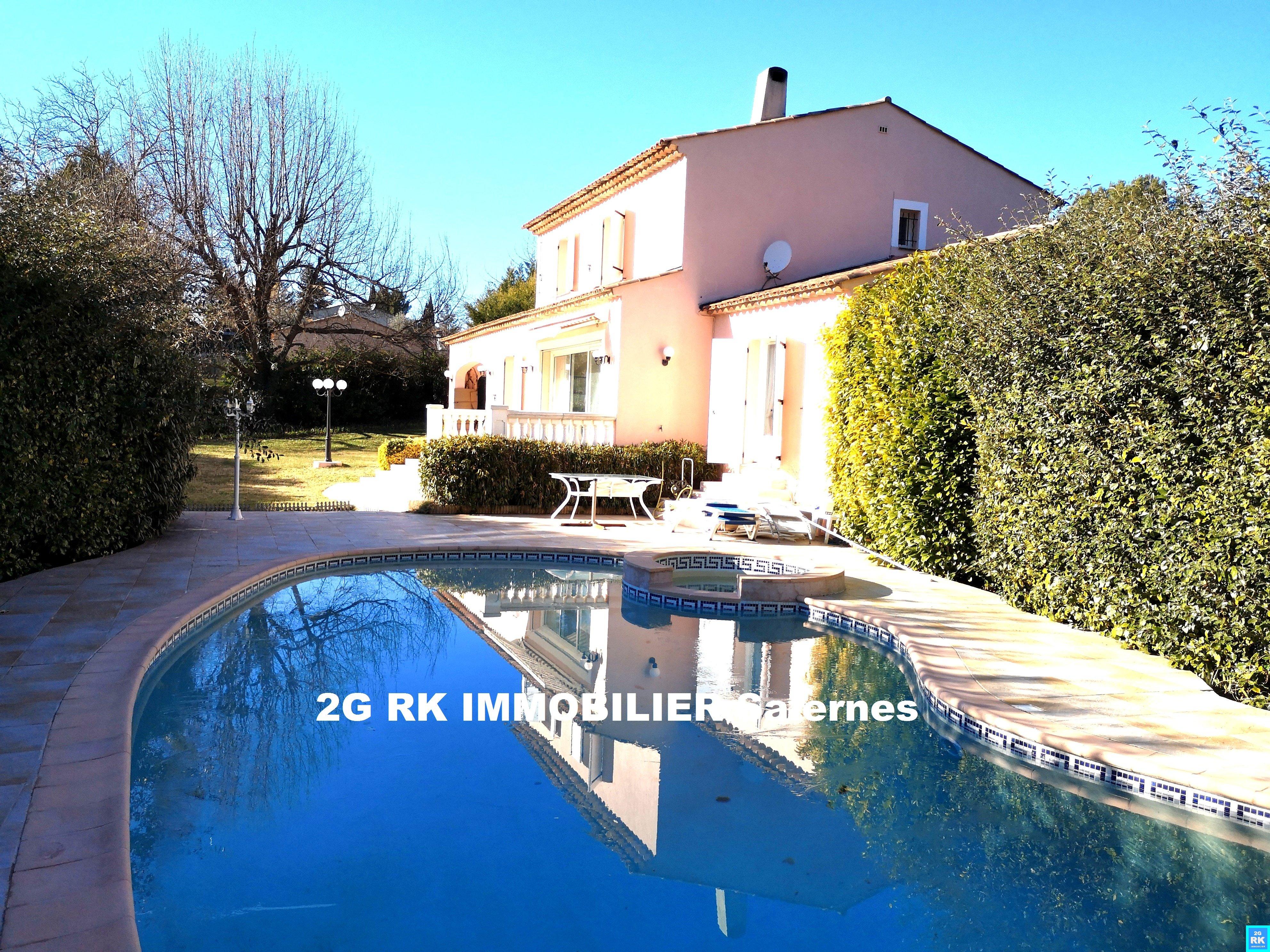 Belle villa d'architecte 160 m² + garage et piscine Villecroze.