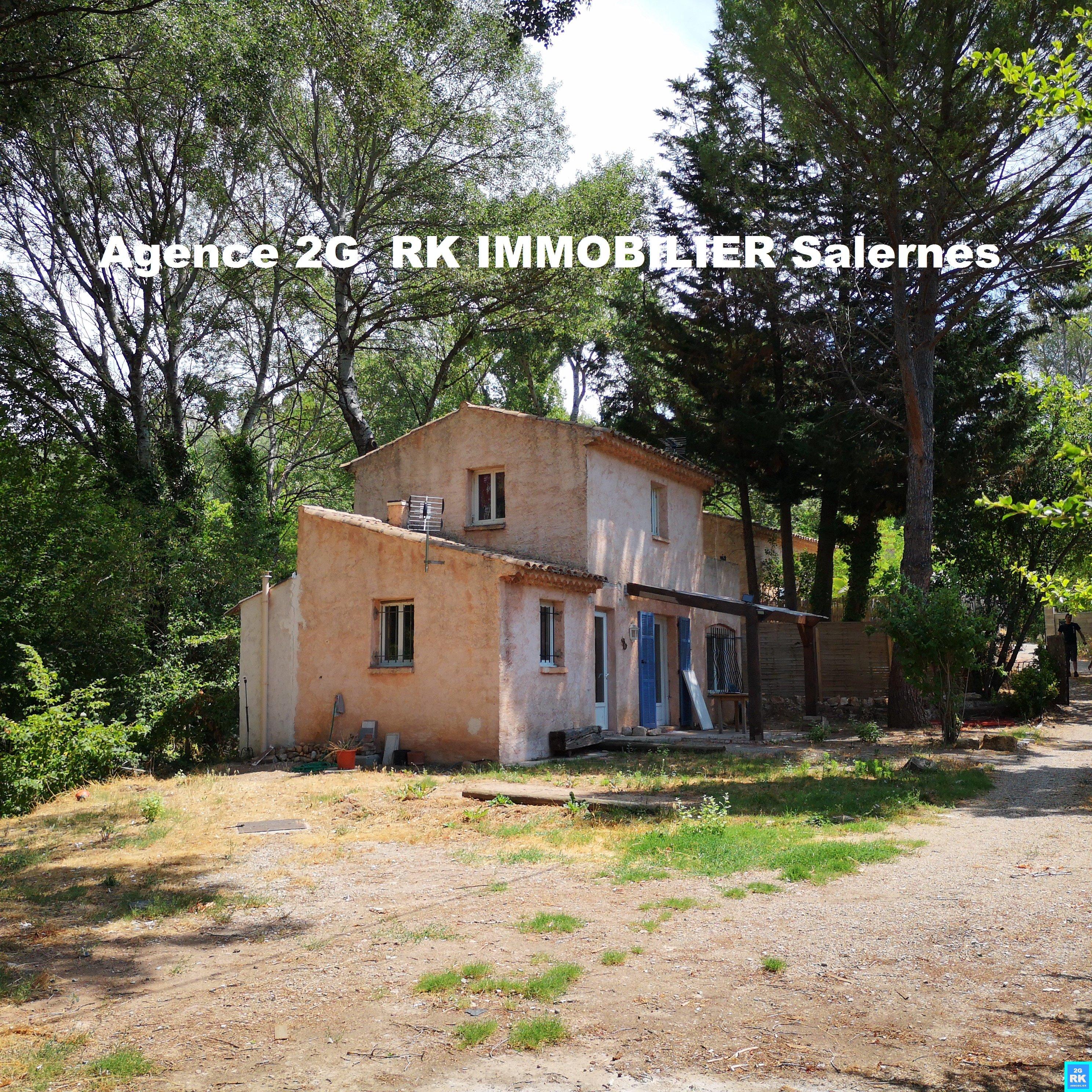 2 Maisons sur terrain 1 450 m² à Villecroze.