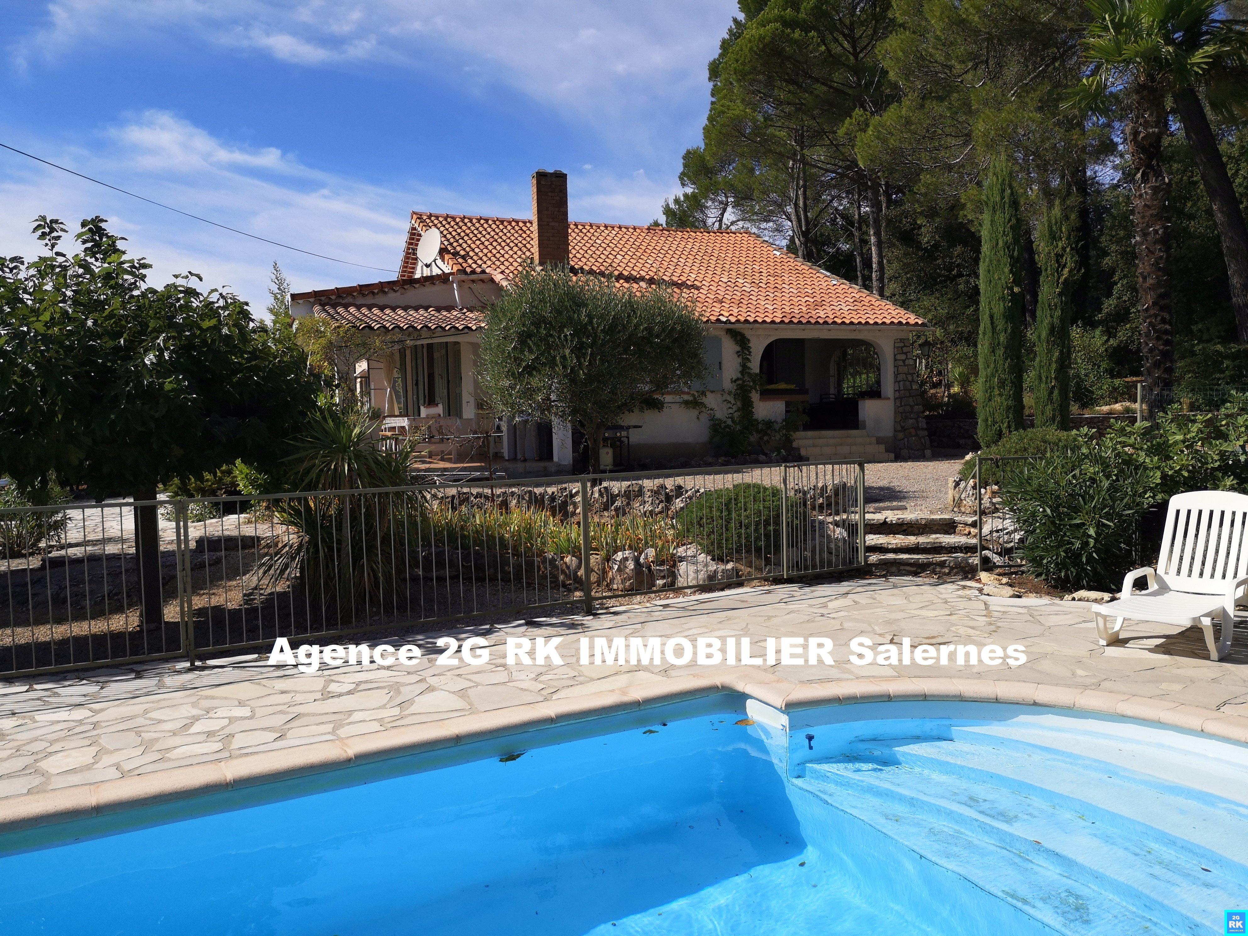 Villa avec piscine sur 2 000 m² campagne.