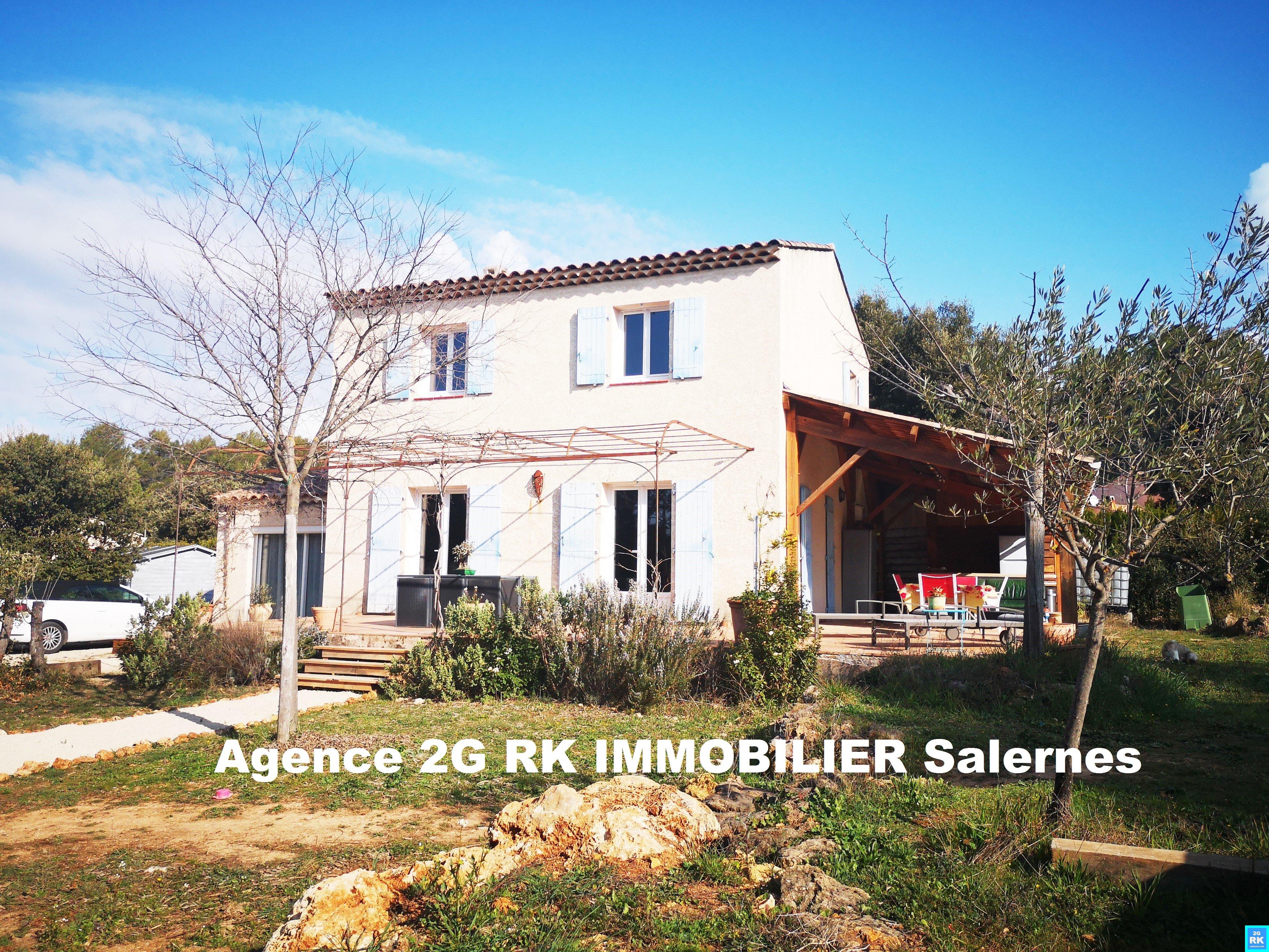 Villa moderne 137 m² avec 4 chambres.